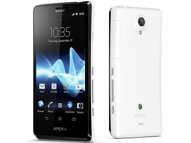 obsah balení Sony Xperia T bílá + Sony MW1 Smart Wireless Headset pro + 2GB paměťová karta